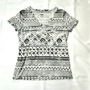 Mossimo Supply Tee V-neck tribal print black white